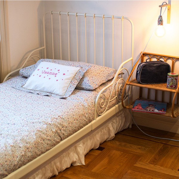 parure de lit de jeanne lit une personne saphire b b couture. Black Bedroom Furniture Sets. Home Design Ideas