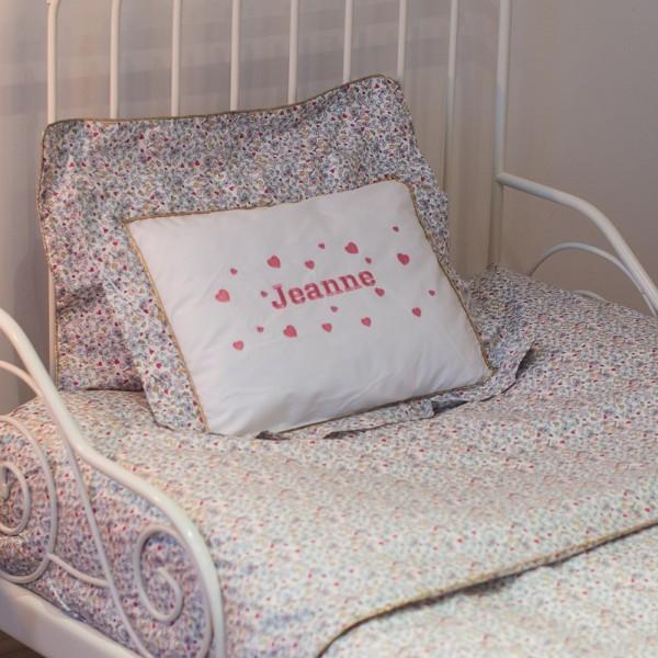 parure de lit de jeanne lit une personne saphire b b. Black Bedroom Furniture Sets. Home Design Ideas